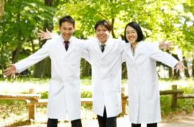 医学教育に精通した医師講師陣